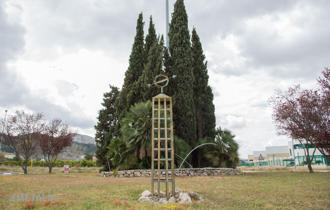 jmetalia-escultura-rotonda-xativa